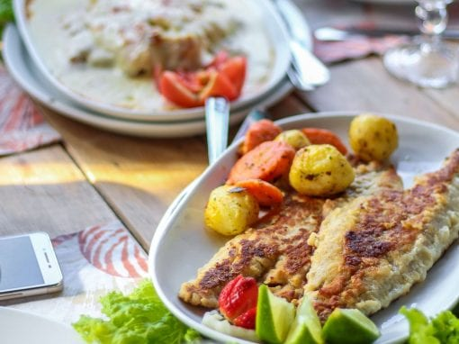 Smoked pangasius with onion, lime juice and herbs – Your everyday fish